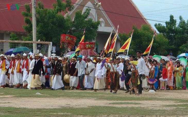 Тямы в провинции Ниньтхуан встречают традиционный праздник Катэ - ảnh 1