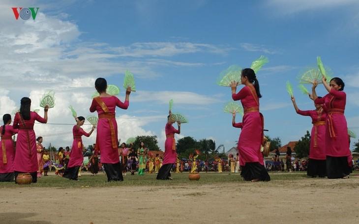 Тямы в провинции Ниньтхуан встречают традиционный праздник Катэ - ảnh 2