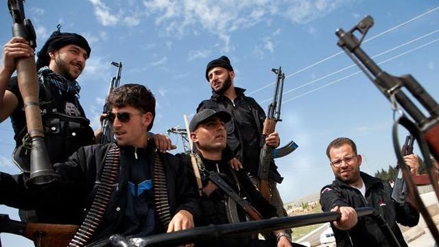 Поставка оружия повстанцам - не наилучший способ борьбы с ИГ - ảnh 1