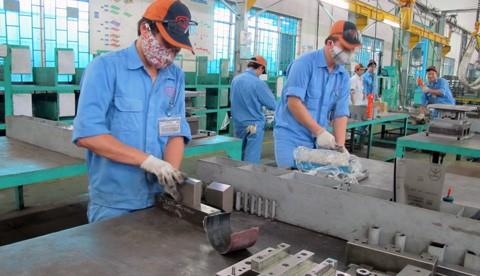 Документы 12-го съезда КПВ: частный сектор экономики – движущая сила для развития страны - ảnh 1