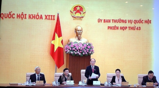 43-е заседание Постоянного комитета парламента Вьетнама начало свою работу - ảnh 1