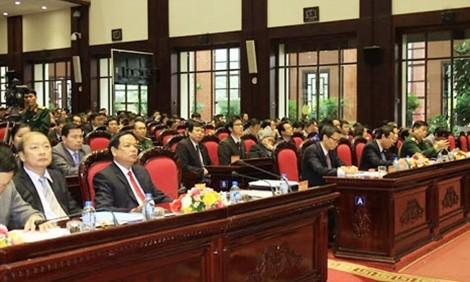 Вьетнамские СМИ своевременно осветили социально-экономическую жизнь в стране и мире - ảnh 1