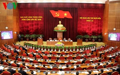 В Ханое открылся 14-й пленум ЦК Компартии Вьетнама 11-го созыва - ảnh 2