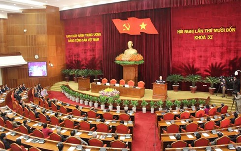 В Ханое завершился 14-й пленум ЦК Компартии Вьетнама 11-го созыва - ảnh 2
