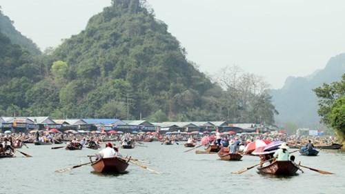 Пресс-конференция о проведении праздника в пагоде Хыонг-2016 - ảnh 1