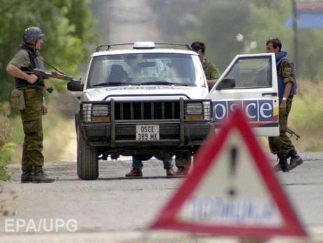 Наблюдатели ОБСЕ попали под обстрел на востоке Украины - ảnh 1