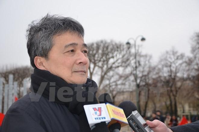 Вьетнамцы во Франции возлагают надежды на успех 12-го съезда КПВ - ảnh 1