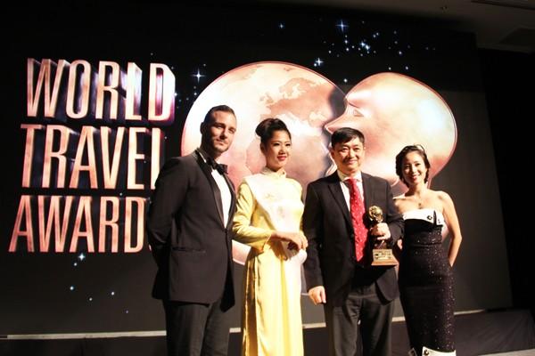 В Дананге вручена Всемирная премия в области туризма по региону Азия и Океания - ảnh 1