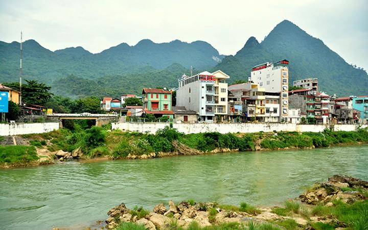 Местечко Донгван в красивейший сезон года - ảnh 2