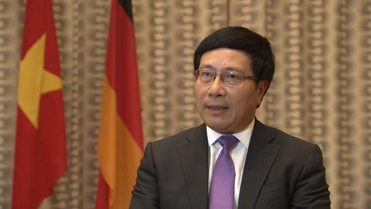 Поздравительная телеграмма по случаю 25-летия дипотношений между Вьетнамом и Киргизией - ảnh 1