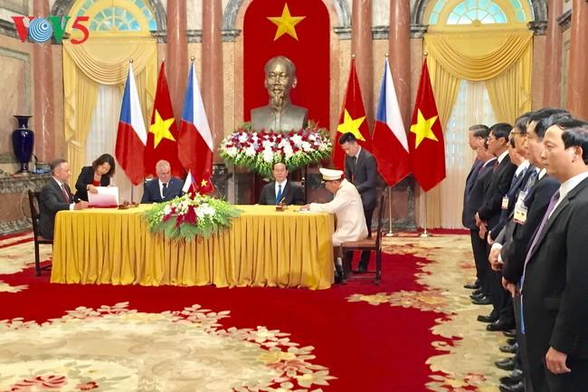 Вьетнамо-чешские отношения в дальнейшем выйдут на новый уровень - ảnh 1