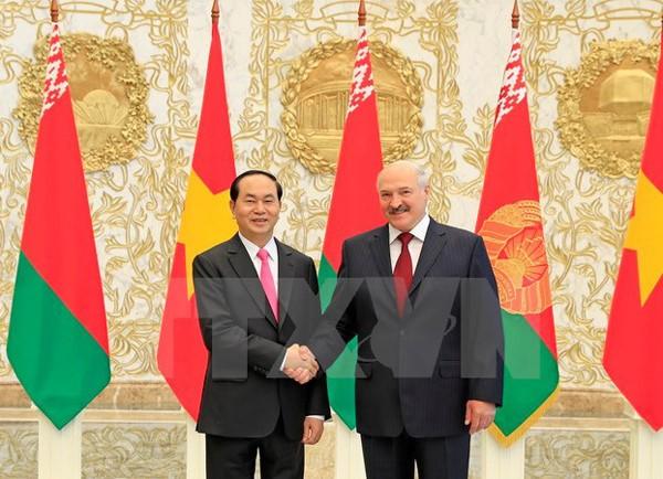 Визиты Чан Дай Куанга способствуют дальнейшему развитию отношений Вьетнама с Беларусью и Россией - ảnh 2