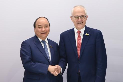 Премьер Вьетнама встретился с лидерами G20 в Гамбурге - ảnh 2