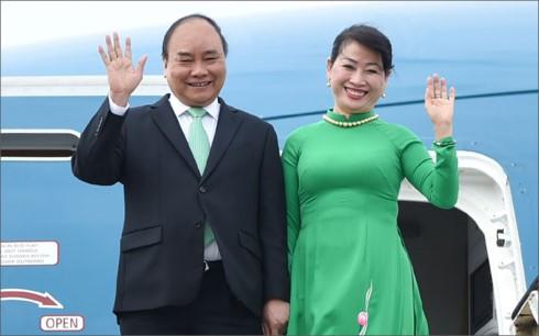 Премьер-министр Вьетнама прибыл в Амстердам, начав визит в Нидерланды - ảnh 1