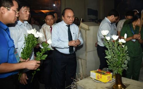Нгуен Суан Фук принял участие в художественной программе «Священная земля Донглок» - ảnh 2