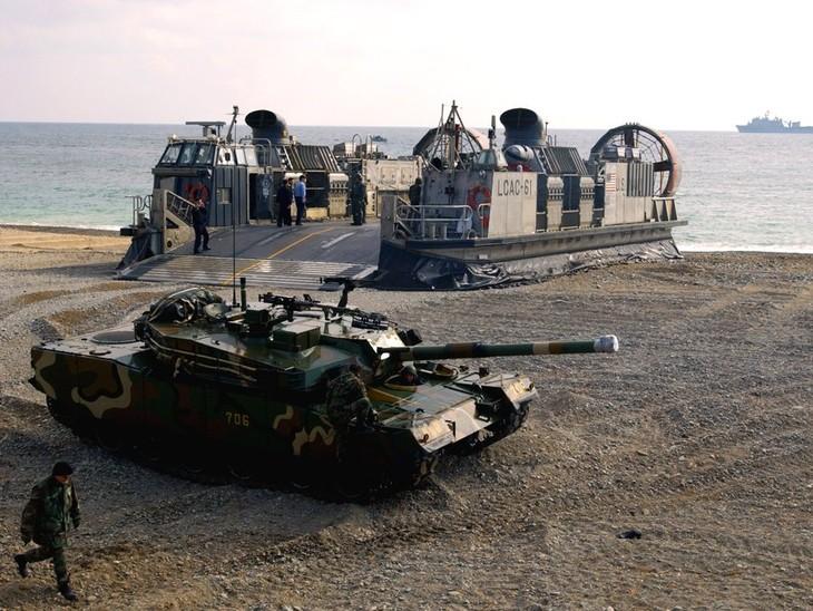 США не намерены переносить совместные военные учения с Южной Кореей - ảnh 1