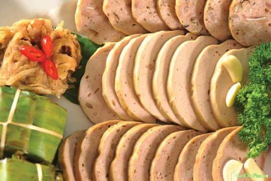 Промысел по приготовлению колбас и блинчиков в деревне Ыокле - ảnh 3