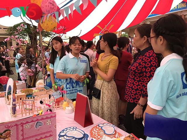 Во Вьетнаме отмечается Международный день девочек - ảnh 1