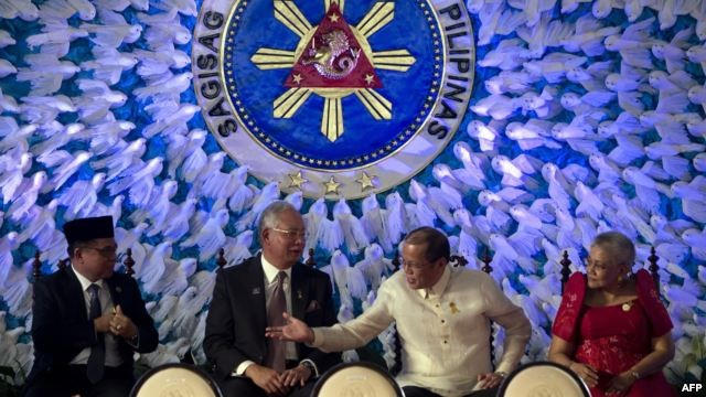 Philippines, MILF sign historic peace deal - ảnh 1