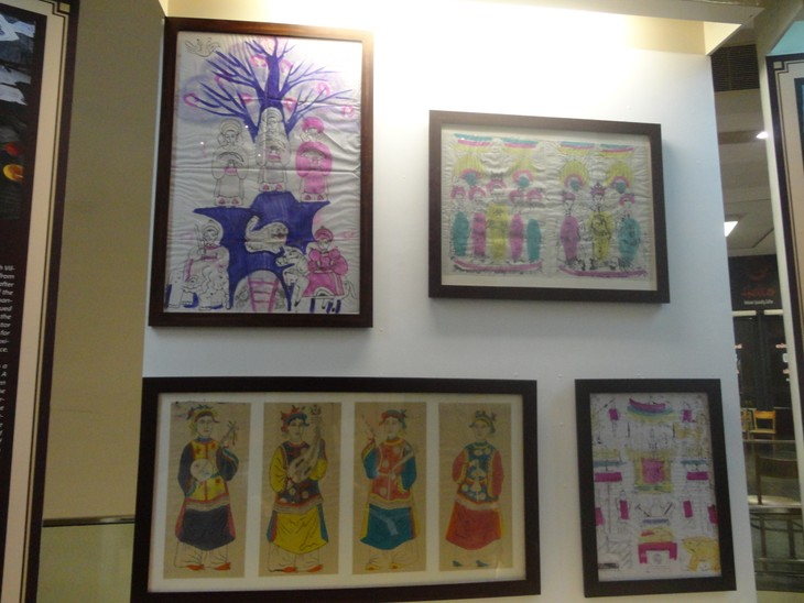 """""""12 typical kinds of Vietnamese folk paintings"""" exhibition  - ảnh 4"""