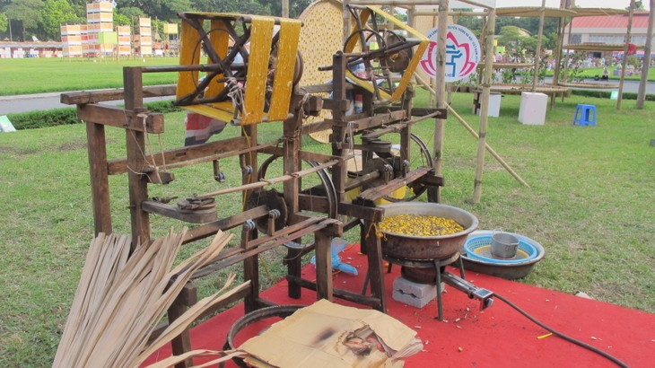 Vietnam Traditional Craft Village Tourism Festival 2016 at Thang Long Imperial Citadel  - ảnh 7