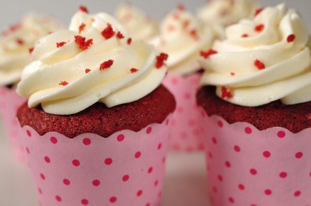 Red velvet cupcake with food blogger Phan Anh Esheep  - ảnh 2