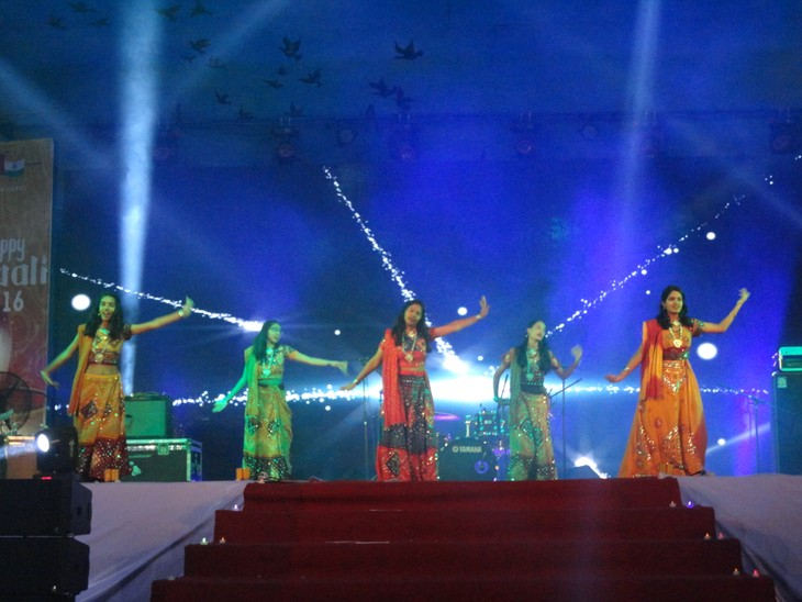 Indian Festival of Lights – Happy Diwali 2016 celebrated in Vietnam - ảnh 5