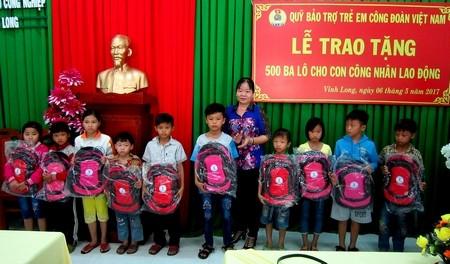 Las provincias de Vietnam responden al Mes del Obrero 2017 - ảnh 1