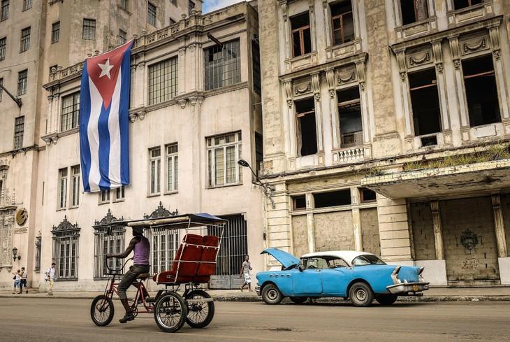 Cuba aprueba documentos de actualización del modelo económico y social - ảnh 1