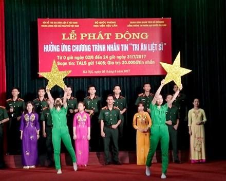 Lanzan un programa de ayuda para las familias de mártires vietnamitas - ảnh 1