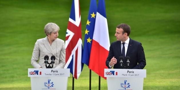 Theresa May y Emmanuel Macron se reúnen para hablar del Brexit - ảnh 1