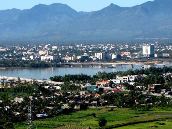 Montaña An y río Tra, símbolos de la belleza de Quang Ngai - ảnh 1