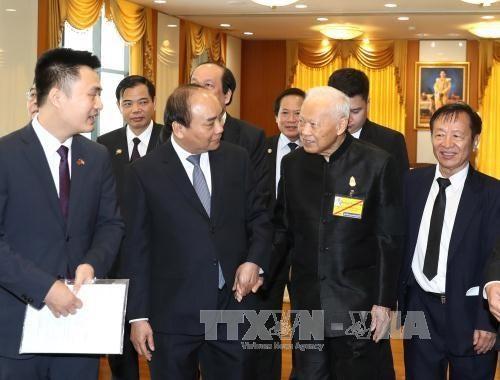 Dinámicas actividades del premier vietnamita en Tailandia - ảnh 1