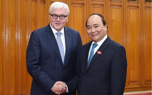 Nguyên Xuân Phuc reçoit le ministre allemand des Affaires étrangères - ảnh 1