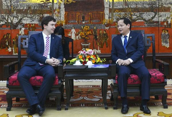 Hanoi et Prague promeuvent la coopération au développement  - ảnh 1