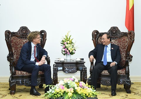 L'ambassadeur suédois reçu par Nguyen Xuan Phuc - ảnh 1