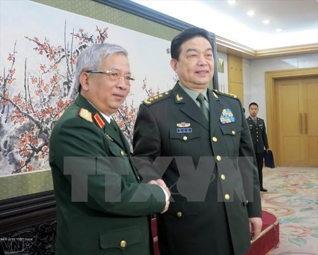 Dynamiser la coopération Vietnam-Chine dans la défense - ảnh 1