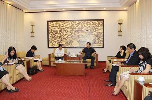 Trinh Dinh Dung au Congrès de l'Association des zones urbaines du Vietnam - ảnh 1