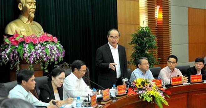 Nguyen Thien Nhan travaille avec les autorités de Haiphong  - ảnh 1