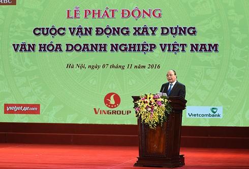 Nguyên Xuân Phuc plaide pour la promotion de la culture d'entreprise - ảnh 1