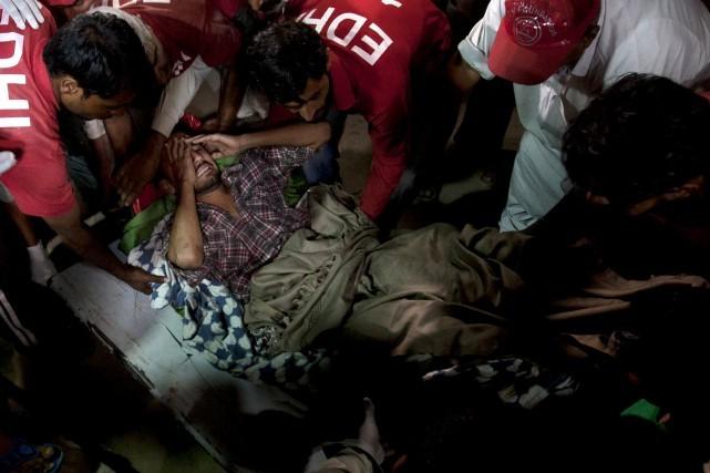 Pakistan: une explosion revendiquée par l'EI fait 52 morts - ảnh 1