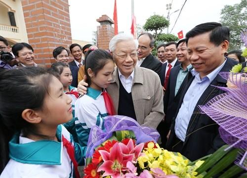Nguyễn Phú Trọng à la fête de la grande union nationale de Bắc Ninh  - ảnh 1