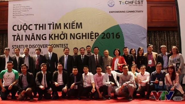 Clôture de la fête des startups et de l'innovation- Vietnam Techfest 2016 - ảnh 1