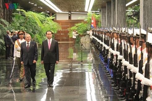 Déclaration commune Vietnam-Cuba - ảnh 1