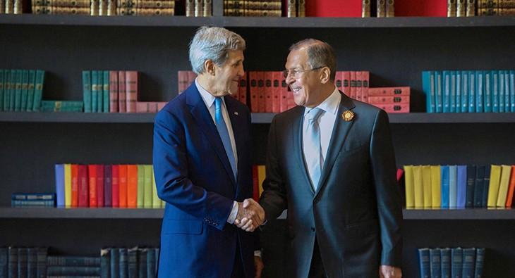 John Kerry et Sergueï Lavrov se sont rencontrés à Lima - ảnh 1