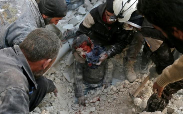 L'armée syrienne gagne du terrain dans la partie rebelle d'Alep - ảnh 1