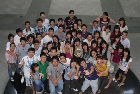 Stages des jeunes vietnamiens à l'étranger - ảnh 1