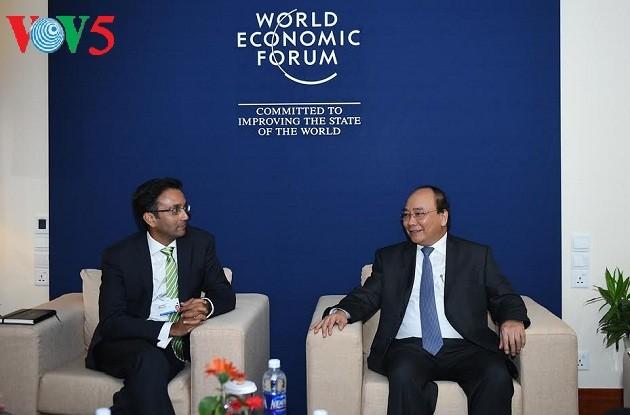 Forum économique mondial sur l'ASEAN : Nguyen Xuan Phuc prononce un discours  - ảnh 4