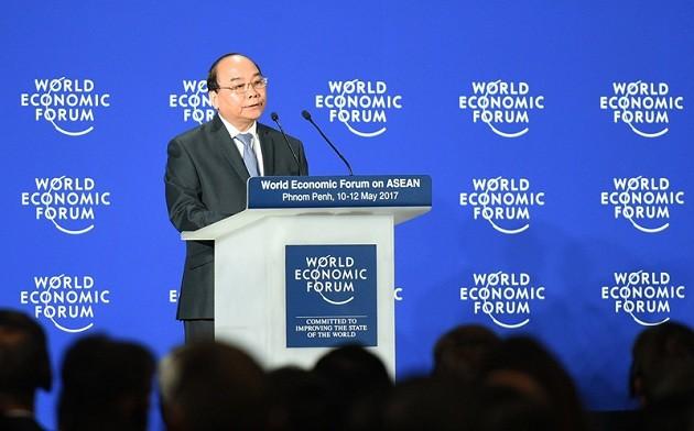 Forum économique mondial sur l'ASEAN : Nguyen Xuan Phuc prononce un discours  - ảnh 1