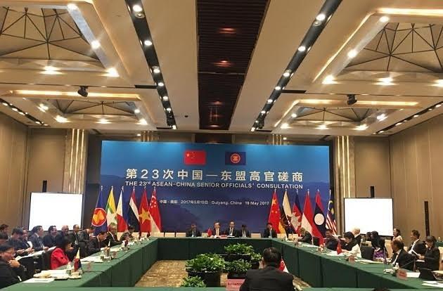 Réunion consultative des hauts officiels ASEAN-Chine  - ảnh 1